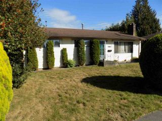 Photo 1: 2096 WARE Street in Abbotsford: Central Abbotsford House for sale : MLS®# R2107238