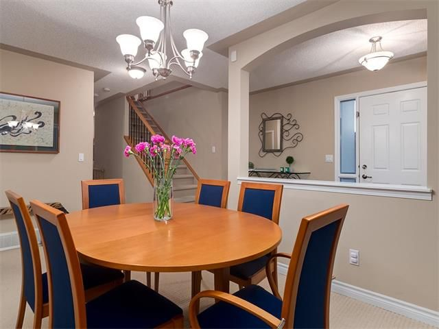 Photo 21: Photos: 40 COUGARSTONE Manor SW in Calgary: Cougar Ridge House for sale : MLS®# C4087798