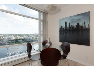 """Photo 9: # 3002 1199 MARINASIDE CR in Vancouver: Yaletown Condo for sale in """"Aquarius Mews"""" (Vancouver West)  : MLS®# V1029094"""