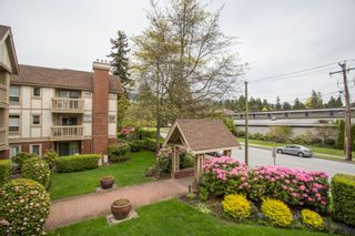 """Photo 20: 214 843 22ND Street in West Vancouver: Dundarave Condo for sale in """"TUDOR GARDENS"""" : MLS®# R2528064"""
