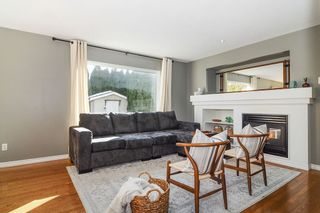 """Photo 9: 9424 203 Street in Langley: Walnut Grove House for sale in """"River Wynde"""" : MLS®# R2344514"""