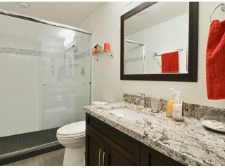 "Photo 8: 709 15111 RUSSELL Avenue: White Rock Condo for sale in ""PACIFIC TERRACE"" (South Surrey White Rock)  : MLS®# F1405374"