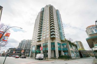 """Photo 1: 605 612 SIXTH Street in New Westminster: Uptown NW Condo for sale in """"THE WOODWARD"""" : MLS®# R2537268"""
