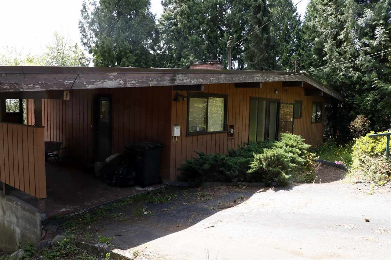 """Main Photo: 3019 PASTURE Circle in Coquitlam: Ranch Park House for sale in """"RANCH PARK"""" : MLS®# R2381977"""