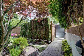 """Photo 27: 304 2020 W 12TH Avenue in Vancouver: Kitsilano Condo for sale in """"2020"""" (Vancouver West)  : MLS®# R2581215"""