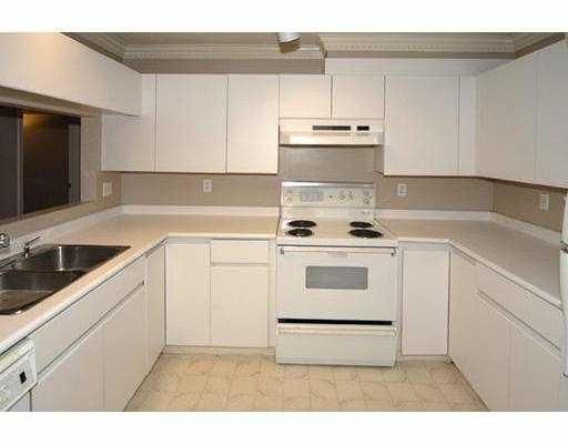 Photo 5: Photos: 108 655 W 13TH Avenue in Vancouver: Fairview VW Condo for sale (Vancouver West)  : MLS®# V751500