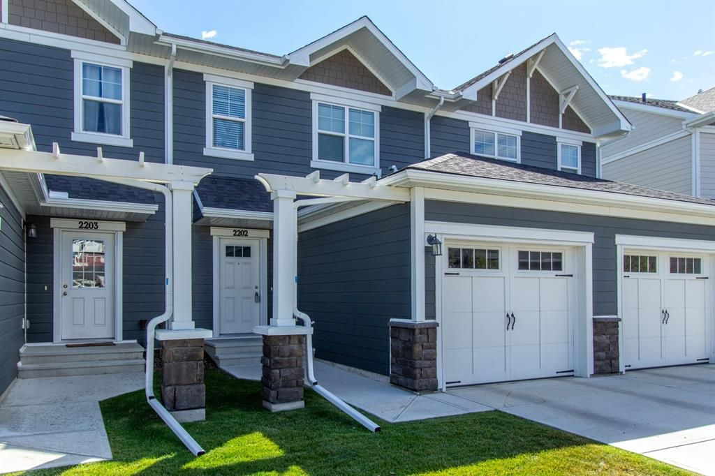 Main Photo: 2202 881 SAGE VALLEY Boulevard NW in Calgary: Sage Hill Row/Townhouse for sale : MLS®# A1029122