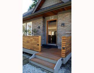 "Photo 2: 1368 DUNCAN Drive in Tsawwassen: Beach Grove House for sale in ""BEACH GROVE"" : MLS®# V755240"