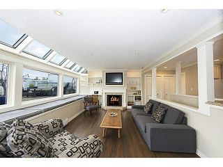 """Photo 8: A2 1100 W 6TH Avenue in Vancouver: Fairview VW Townhouse for sale in """"FAIRVIEW PLACE"""" (Vancouver West)  : MLS®# V1094784"""