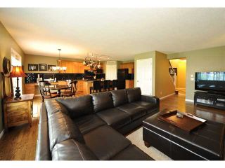 Photo 9: 27 SOMERGLEN Way SW in CALGARY: Somerset Residential Detached Single Family for sale (Calgary)  : MLS®# C3438151