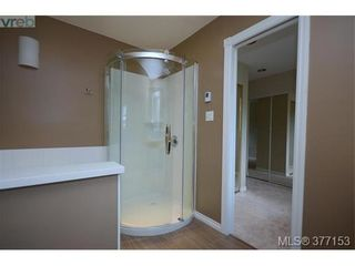 Photo 11: 4951 Thunderbird Pl in VICTORIA: SE Cordova Bay House for sale (Saanich East)  : MLS®# 757195
