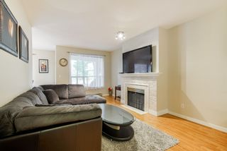 """Photo 5: 13 10038 150 Street in Surrey: Guildford Townhouse for sale in """"MAYFIELD GREEN"""" (North Surrey)  : MLS®# R2342820"""