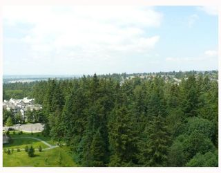 """Photo 8: 1408 6837 STATION HILL Drive in Burnaby: South Slope Condo for sale in """"THE CLARIDGES - CITY IN THE PARK"""" (Burnaby South)  : MLS®# V770790"""