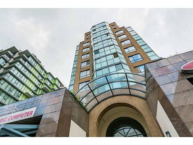 """Main Photo: 920 1268 W BROADWAY in Vancouver: Fairview VW Condo for sale in """"CITY GARDENS"""" (Vancouver West)  : MLS®# V1087529"""