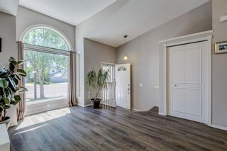 Photo 3: 339 Hawkhill Place NW in Calgary: Hawkwood Detached for sale : MLS®# A1125756