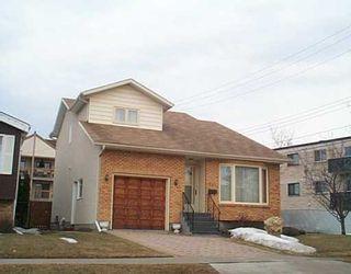 Photo 1: 611 DAVID Street in Winnipeg: Westwood / Crestview Single Family Detached for sale (West Winnipeg)  : MLS®# 2504052