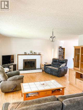 Photo 3: 514 LACOMA STREET in Prince George: House for sale : MLS®# R2602451