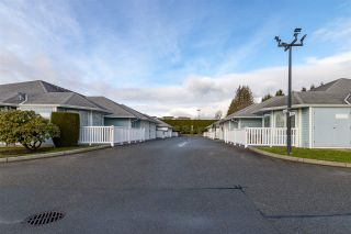 """Photo 4: 20 1450 MCCALLUM Road in Abbotsford: Poplar Townhouse for sale in """"CROWN POINT II"""" : MLS®# R2327183"""
