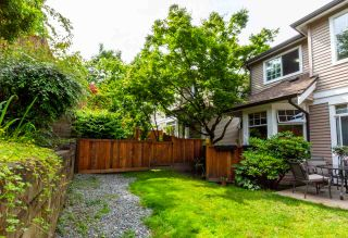 "Photo 18: 24 5950 OAKDALE Road in Burnaby: Oaklands Townhouse for sale in ""HEATHER CREST"" (Burnaby South)  : MLS®# R2474867"