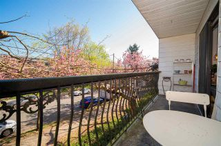 """Photo 14: 202 2330 MAPLE Street in Vancouver: Kitsilano Condo for sale in """"Maple Gardens"""" (Vancouver West)  : MLS®# R2575391"""