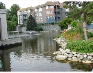"""Photo 9: 310 1199 WESTWOOD Street in Coquitlam: North Coquitlam Condo for sale in """"LAKESIDE TERRACE"""" : MLS®# V720873"""