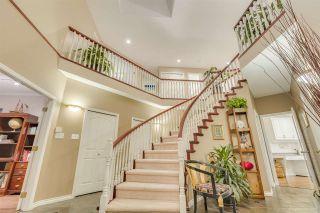 """Photo 3: 9171 DAYTON Avenue in Richmond: Garden City House for sale in """"garden city"""" : MLS®# R2407568"""