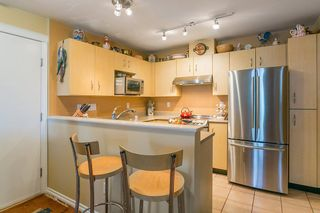 """Photo 6: 322 332 LONSDALE Avenue in North Vancouver: Lower Lonsdale Condo for sale in """"CALYPSO"""" : MLS®# R2275459"""
