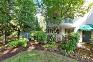 """Photo 28: 103 1745 MARTIN Drive in White Rock: Sunnyside Park Surrey Condo for sale in """"SOUTH WYND"""" (South Surrey White Rock)  : MLS®# R2617912"""