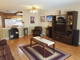 """Photo 3: 20 22128 DEWDNEY TRUNK Road in Maple Ridge: West Central Townhouse for sale in """"DEWDNEY PLACE"""" : MLS®# R2333259"""