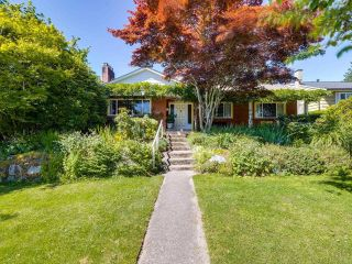 Photo 1: 2031 W 30TH Avenue in Vancouver: Quilchena House for sale (Vancouver West)  : MLS®# R2596902