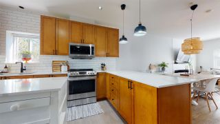 """Photo 16: 35 1200 EDGEWATER Drive in Squamish: Northyards Townhouse for sale in """"Edgewater"""" : MLS®# R2571394"""
