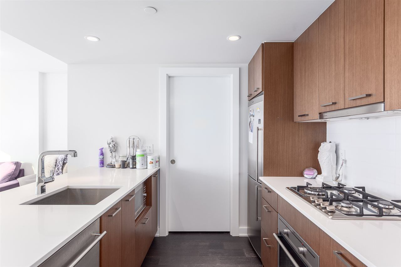 """Main Photo: 1001 1372 SEYMOUR Street in Vancouver: Downtown VW Condo for sale in """"THE MARK"""" (Vancouver West)  : MLS®# R2001462"""