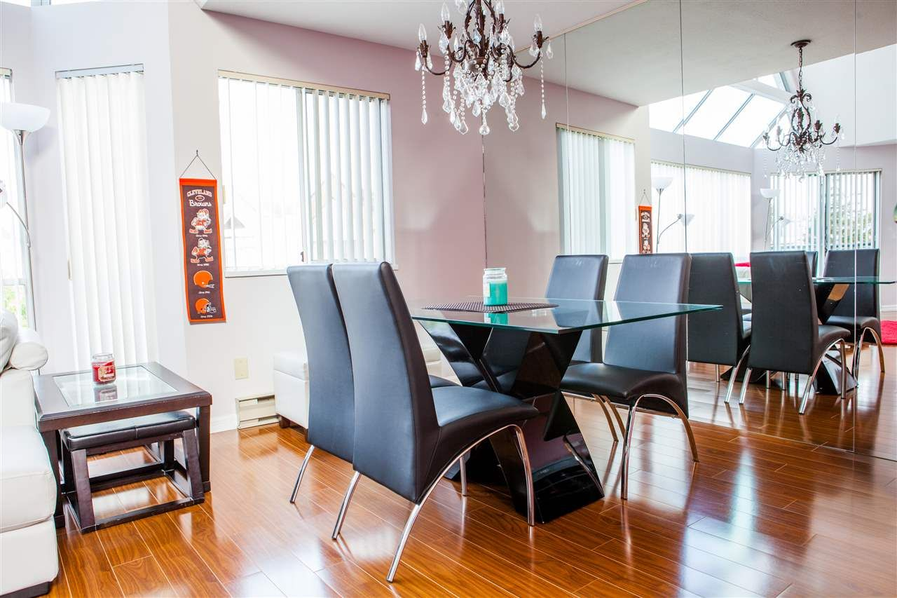"Main Photo: 309 8600 LANSDOWNE Road in Richmond: Brighouse Condo for sale in ""TIFFANY GARDENS"" : MLS®# R2119725"
