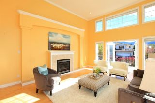 Photo 5: 2002 TURNBERRY LANE in Coquitlam: Westwood Plateau House for sale : MLS®# R2055635