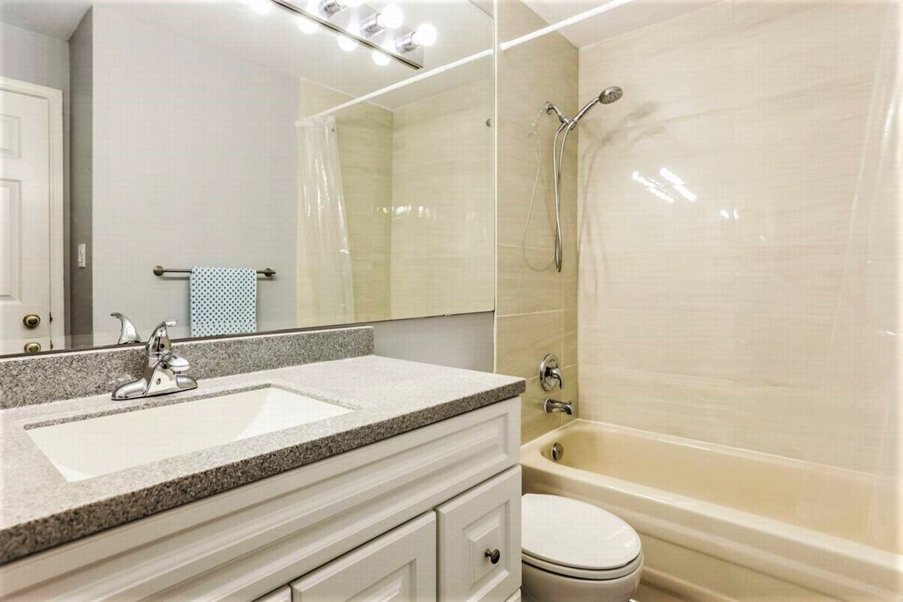 """Photo 10: Photos: 404 1148 WESTWOOD Street in Coquitlam: North Coquitlam Condo for sale in """"THE CLASSICS"""" : MLS®# R2229994"""