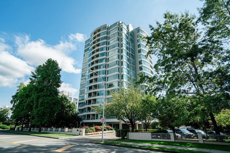 FEATURED LISTING: 803 - 15038 101 Avenue Surrey