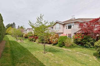 """Photo 28: 150 15550 26 Avenue in Surrey: King George Corridor Townhouse for sale in """"SUNNYSIDE GATE"""" (South Surrey White Rock)  : MLS®# R2571314"""