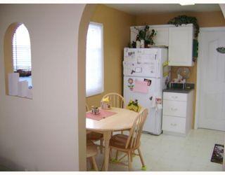Photo 5: 750 MARTIN Avenue East in WINNIPEG: East Kildonan Residential for sale (North East Winnipeg)  : MLS®# 2802303
