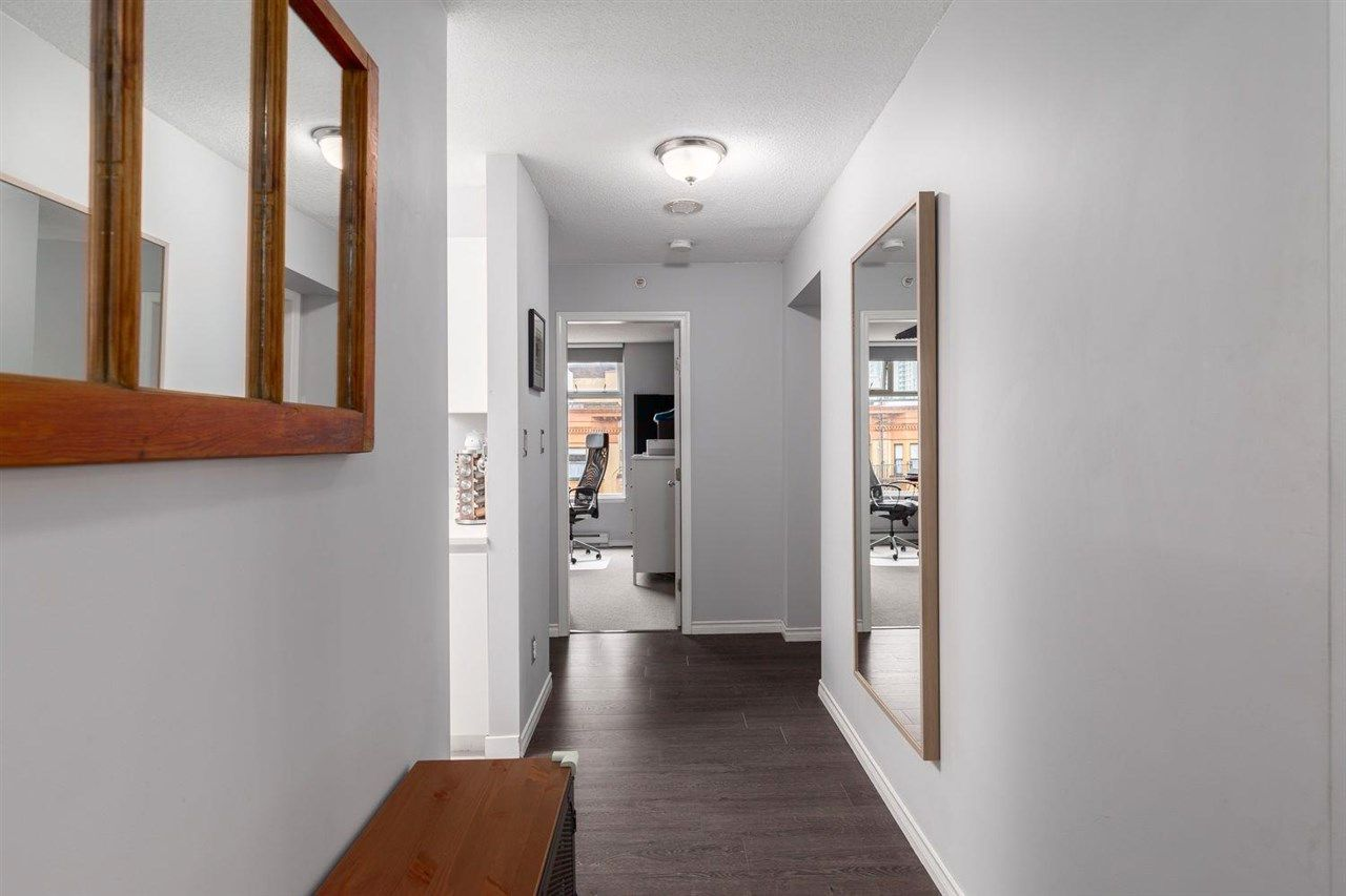 Photo 3: Photos: 408 720 CARNARVON Street in New Westminster: Downtown NW Condo for sale : MLS®# R2577780