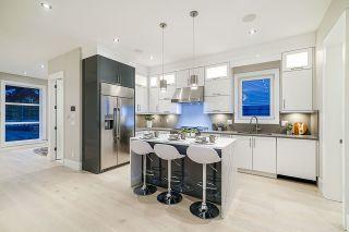 Photo 8: 1106 EDINBURGH Street in New Westminster: Moody Park House for sale : MLS®# R2403527