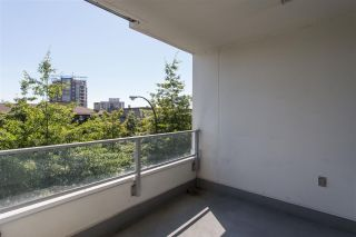 """Photo 11: 304 158 W 13TH Street in North Vancouver: Central Lonsdale Condo for sale in """"Vista Place"""" : MLS®# R2304505"""