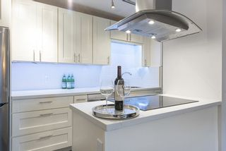 Photo 5: 403 16 LAKEWOOD DRIVE in Vancouver East: Hastings Condo for sale ()  : MLS®# R2090772