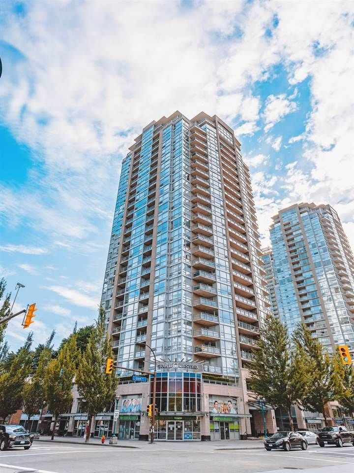 """Main Photo: 1605 2978 GLEN Drive in Coquitlam: North Coquitlam Condo for sale in """"Grand Central One"""" : MLS®# R2534057"""