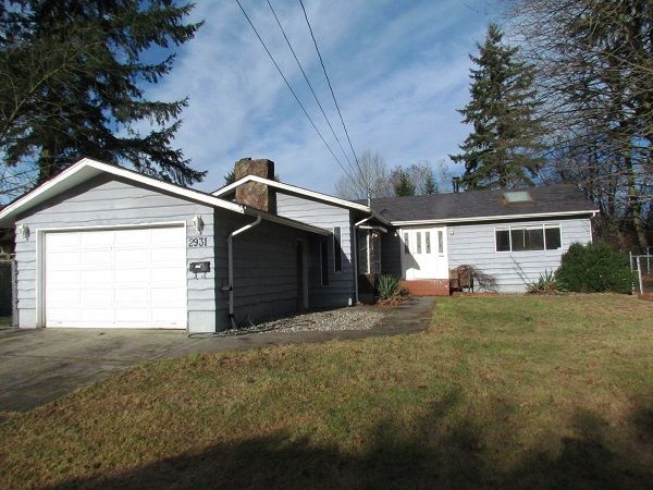 Main Photo: 2931 Old Clayburn Rd. in Abotsford: Abbotsford East House for rent (Abbotsford)
