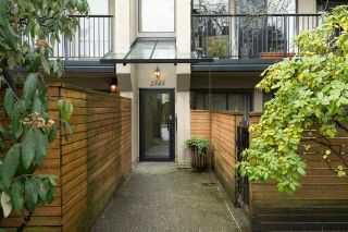 """Photo 18: 305 2545 LONSDALE Avenue in North Vancouver: Upper Lonsdale Condo for sale in """"The Lexington"""" : MLS®# R2241136"""