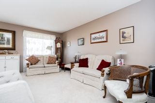 Photo 3: 207 Cambie Road in Winnipeg: Lakeside Meadows House for sale (3K)  : MLS®# 202107748