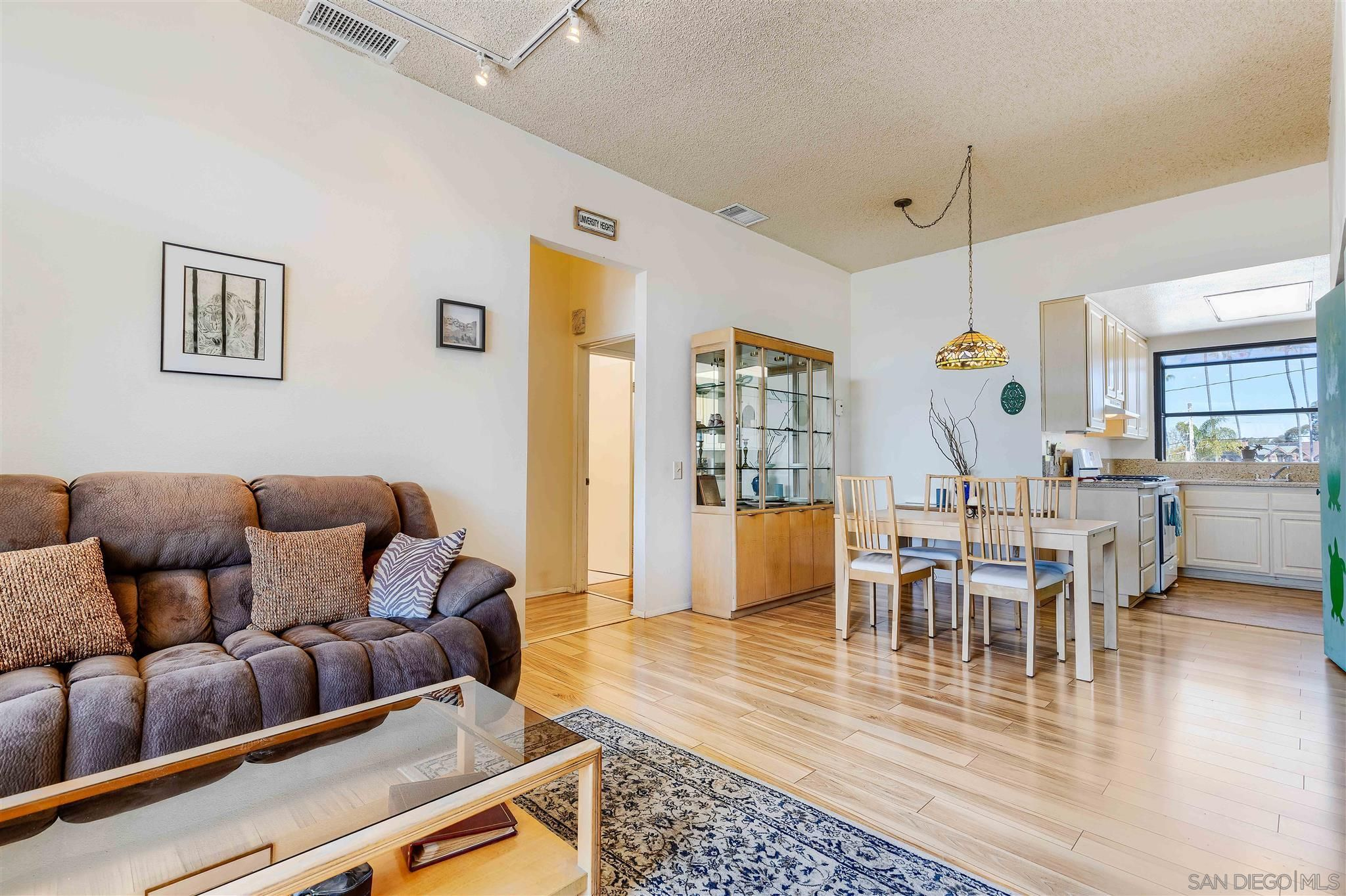Main Photo: UNIVERSITY HEIGHTS Condo for sale : 2 bedrooms : 4673 Alabama St #6 in San Diego