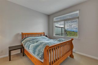"Photo 14: 426 15380 102A Avenue in Surrey: Guildford Condo for sale in ""Charlton park"" (North Surrey)  : MLS®# R2575641"