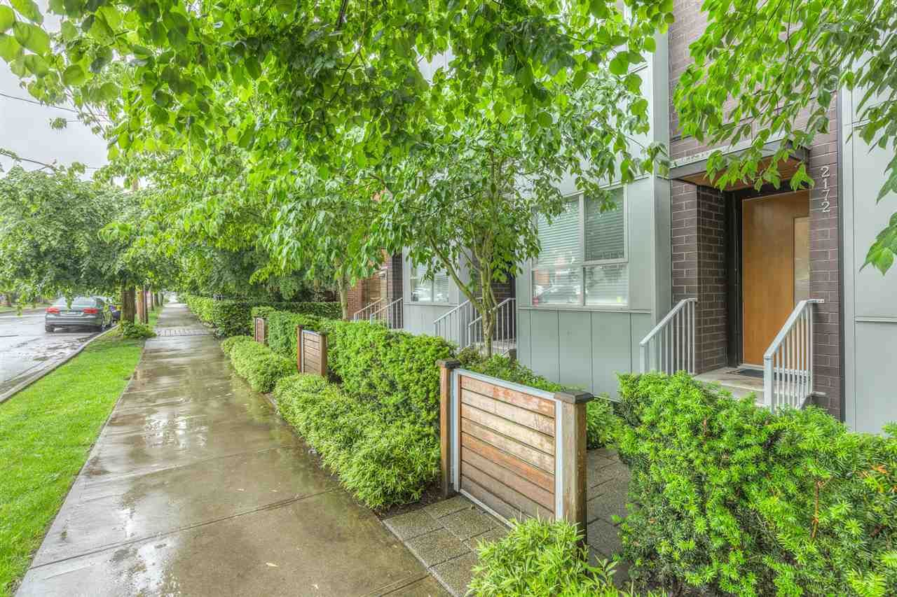 Main Photo: 2172 W 8TH AVENUE in Vancouver: Kitsilano Townhouse for sale (Vancouver West)  : MLS®# R2176303