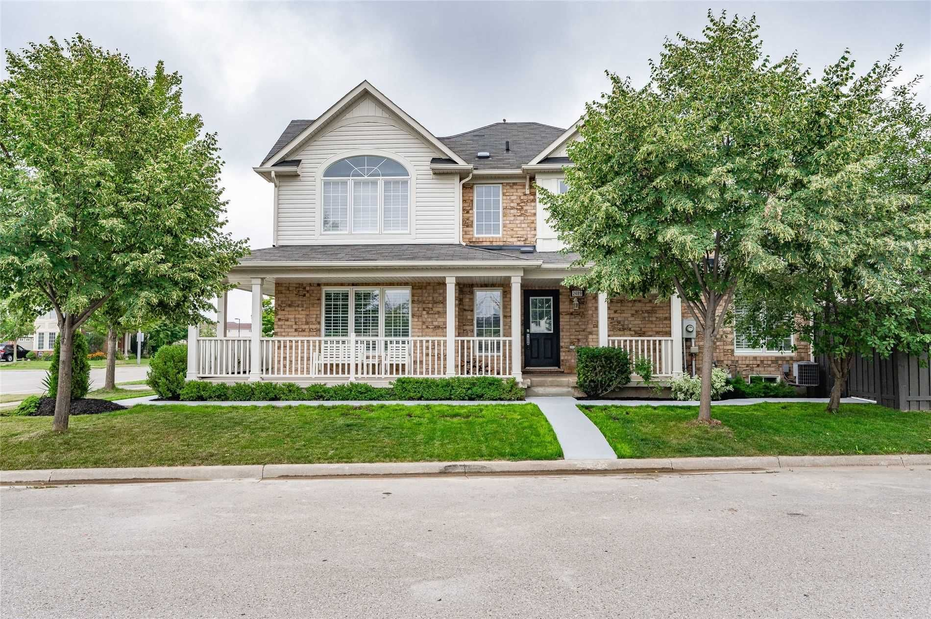 Main Photo:  in Oakville: Palermo West Freehold for sale : MLS®# W5344718